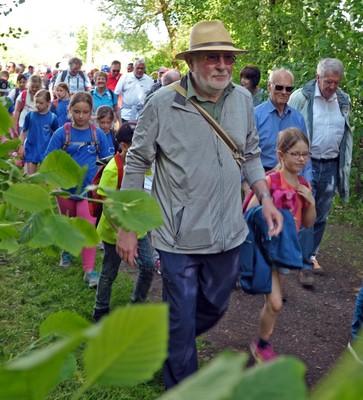 Am Tag des Wanderns treffen sich die Generationen