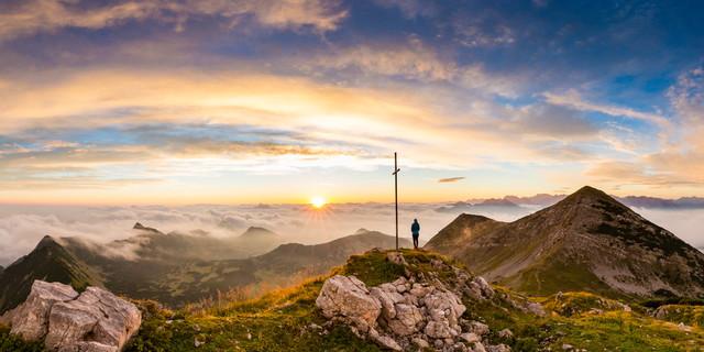 Sonnenaufgang am Oberen Rißkopf im Estergebirge