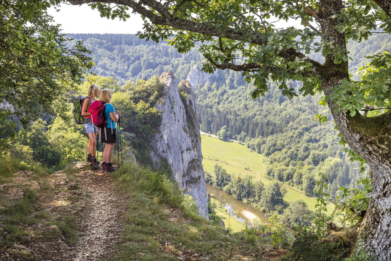 Zum zweitschönsten Wanderweg Deutschlands ist der Donauberglandweg im Jahr 2013 gewählt worden. Wer ihn gelaufen ist, weiß warum.