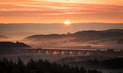 Blick auf die Autobahnbrücke Pirk A72 im Vogtland