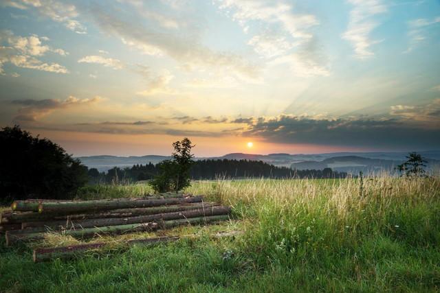 Wanderung in den Sonnenaufgang